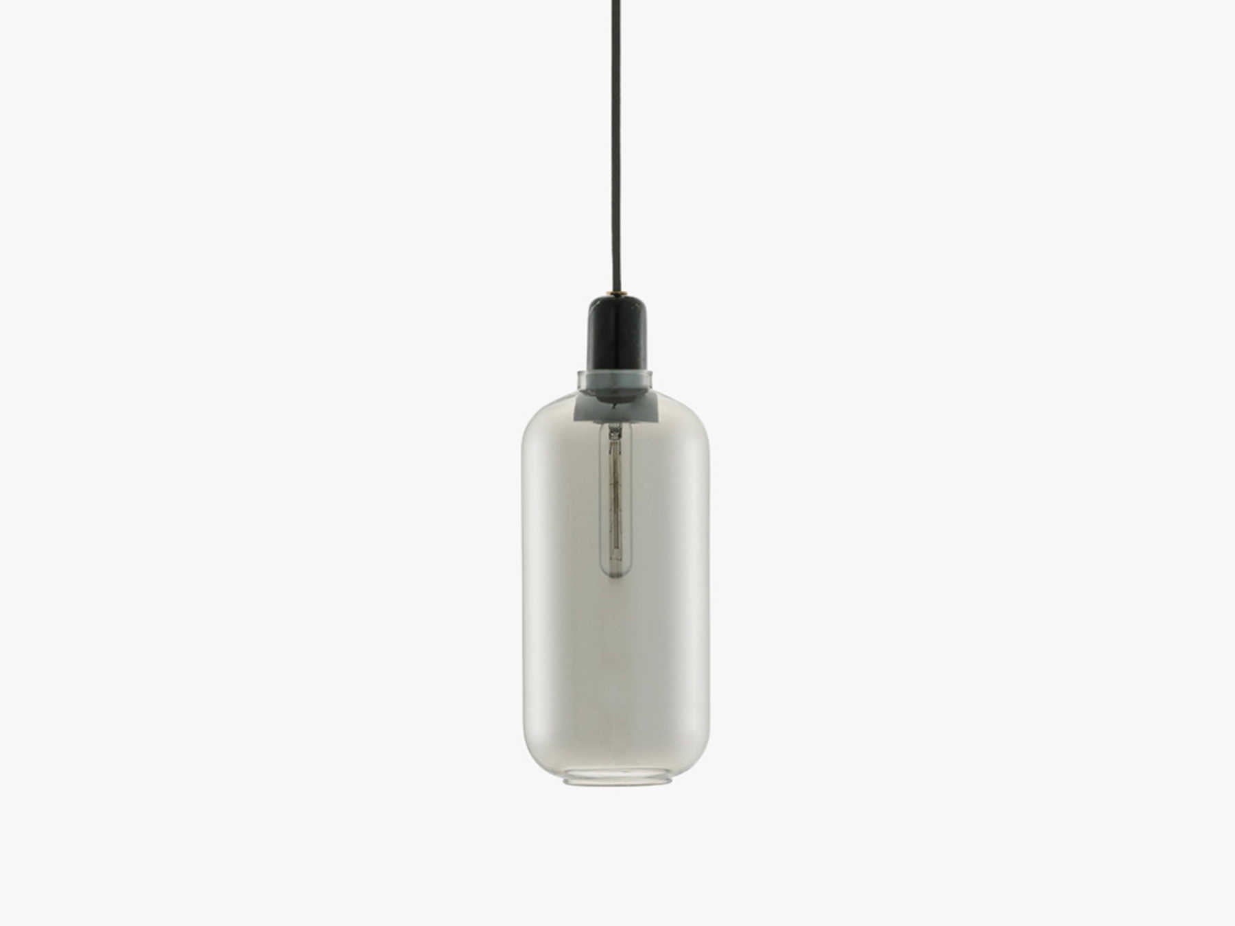 Amp Large, Smoke/Black fra Normann Copenhagen