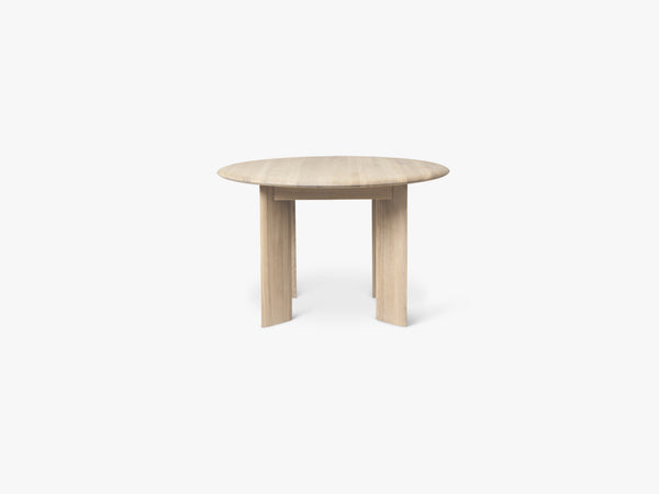 Bevel Table - Round Ø117 - White Oiled fra Ferm Living
