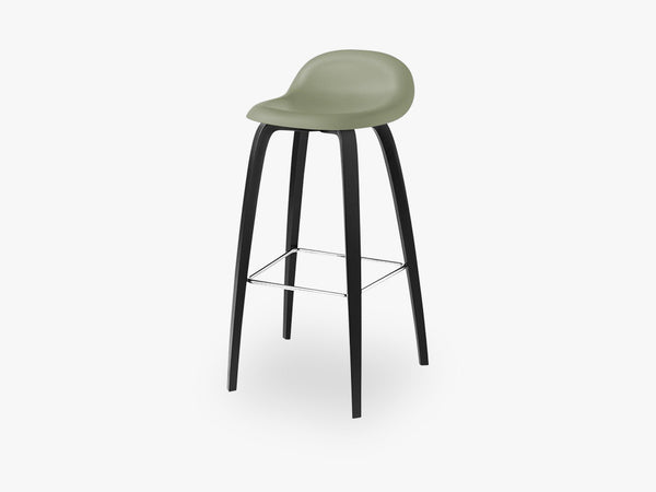 3D Bar Stool - Un-upholstered - 75 cm Black Stained Beech base, Mistletoe Green shell fra GUBI