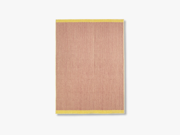 Loop Rug Ecru-Rose-Yellow, 170x240 fra Louise Roe