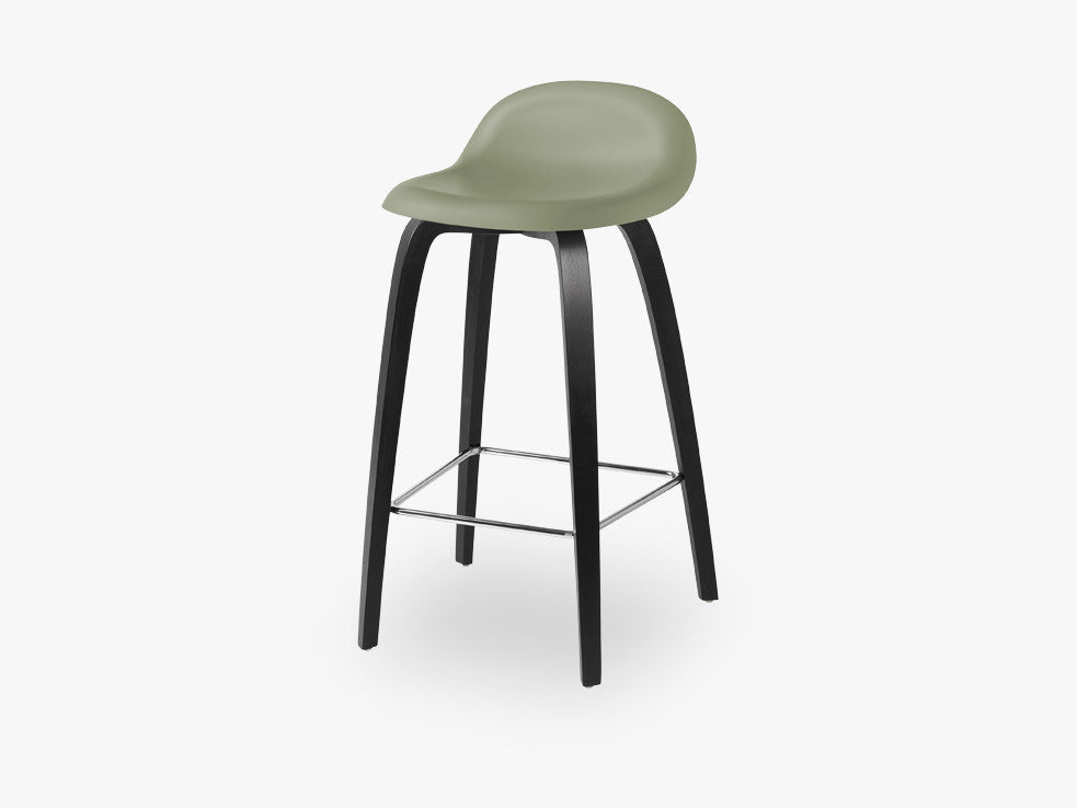 3D Counter Stool - Un-upholstered - 65 cm Black Stained Beech base, Mistletoe Green shell fra GUBI