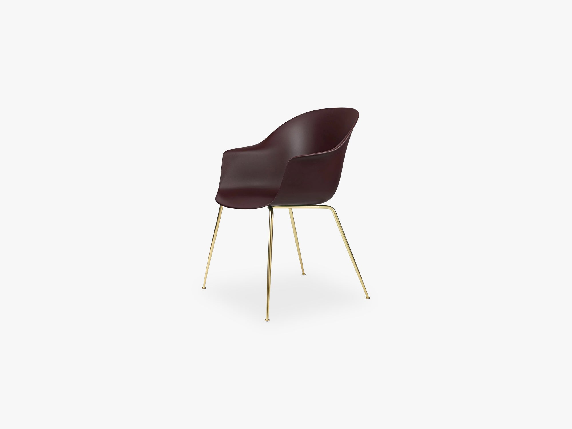 Bat Dining Chair - Skal m Conic base - Brass Semi Matt, Dark Pink fra GUBI