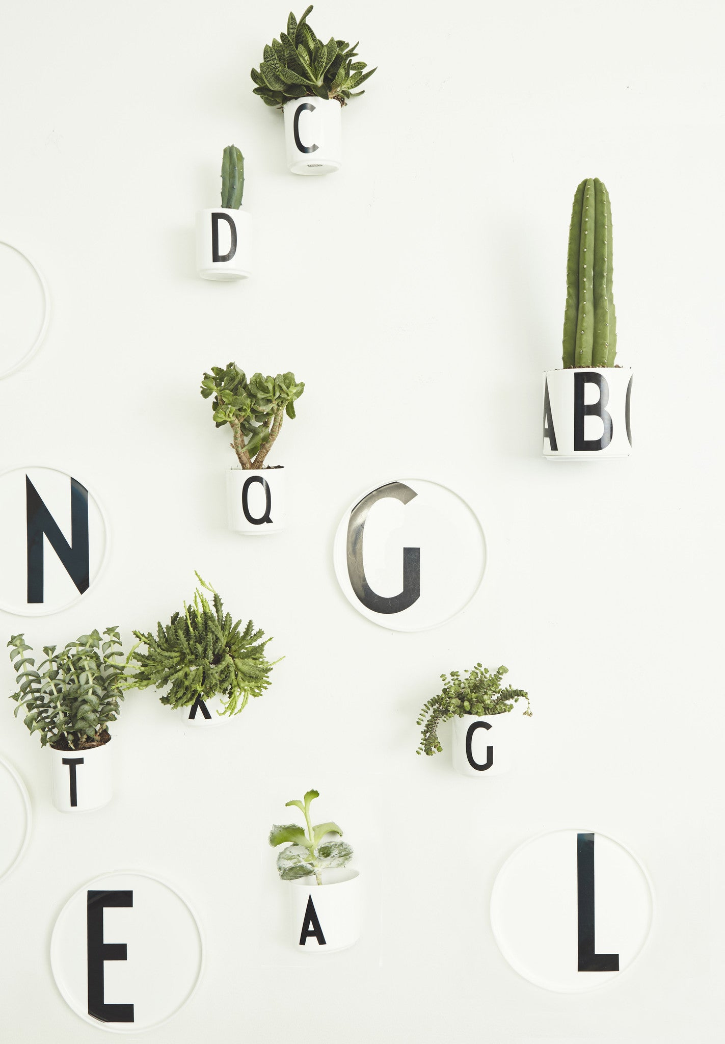 Cup up - Sort fra Design Letters