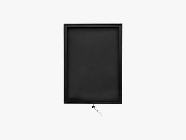 Black square display box, metal/glass fra Nordal