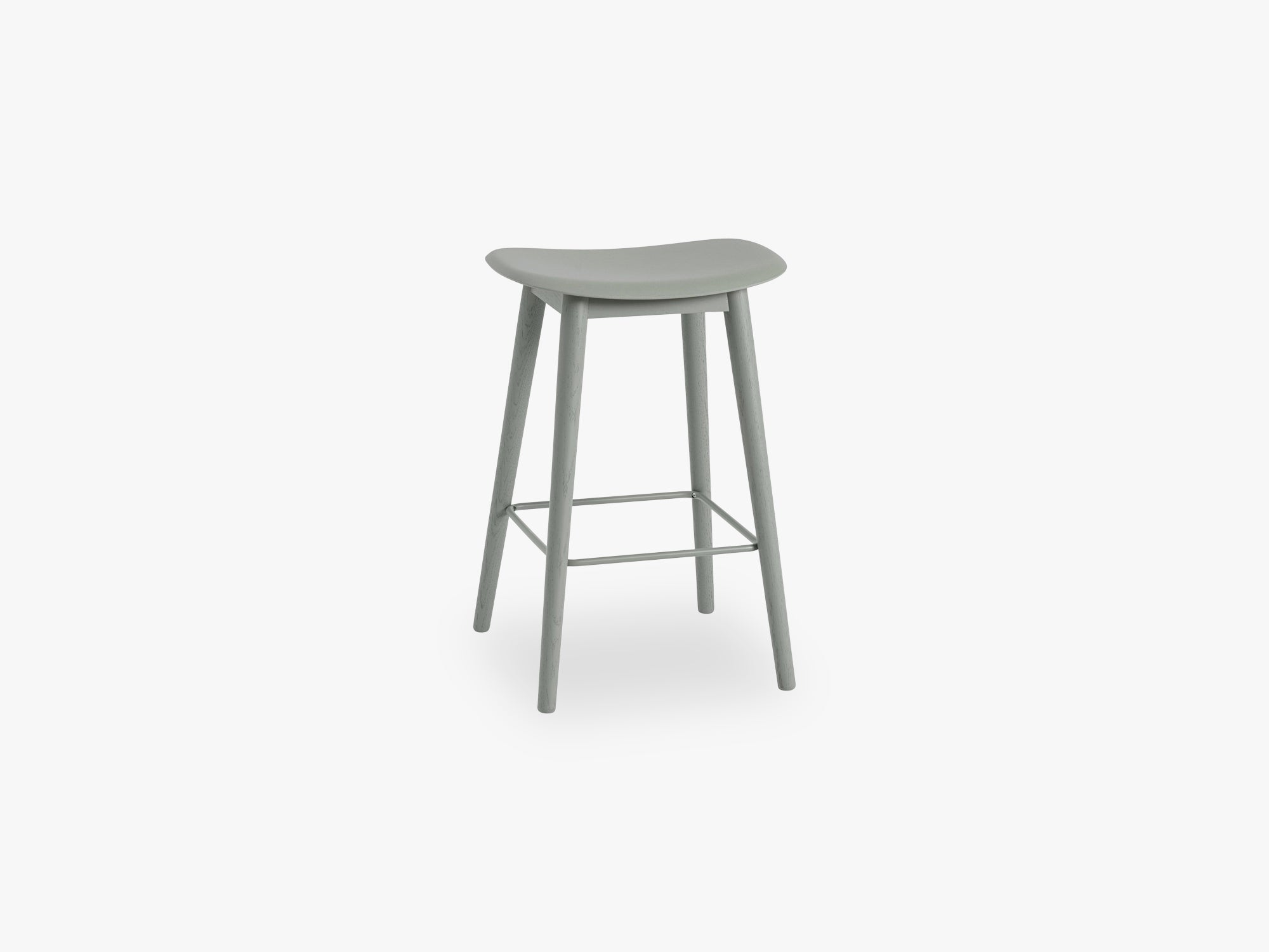 Fiber Bar Stool - Wood Base H: 65 Cm, Dusty Green/Dusty Green fra Muuto