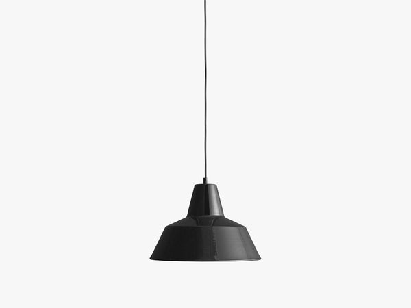 Workshop Lamp W3, Shiny Black fra Made By Hand
