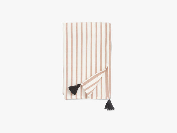 Table cloth, stripe, dark peach/off whit fra Nordal