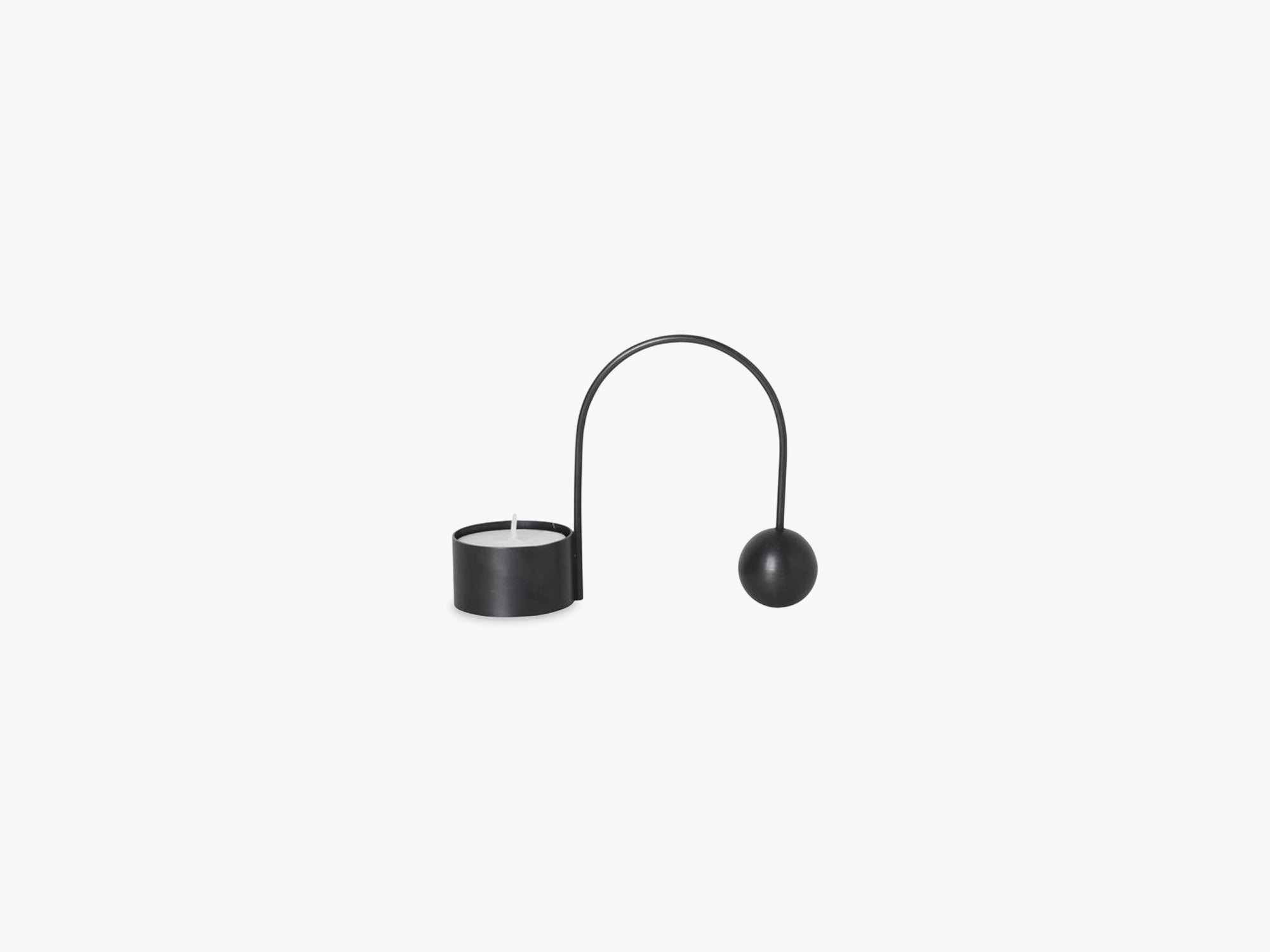 Balance Tealight Holder, Black Brass fra Ferm Living