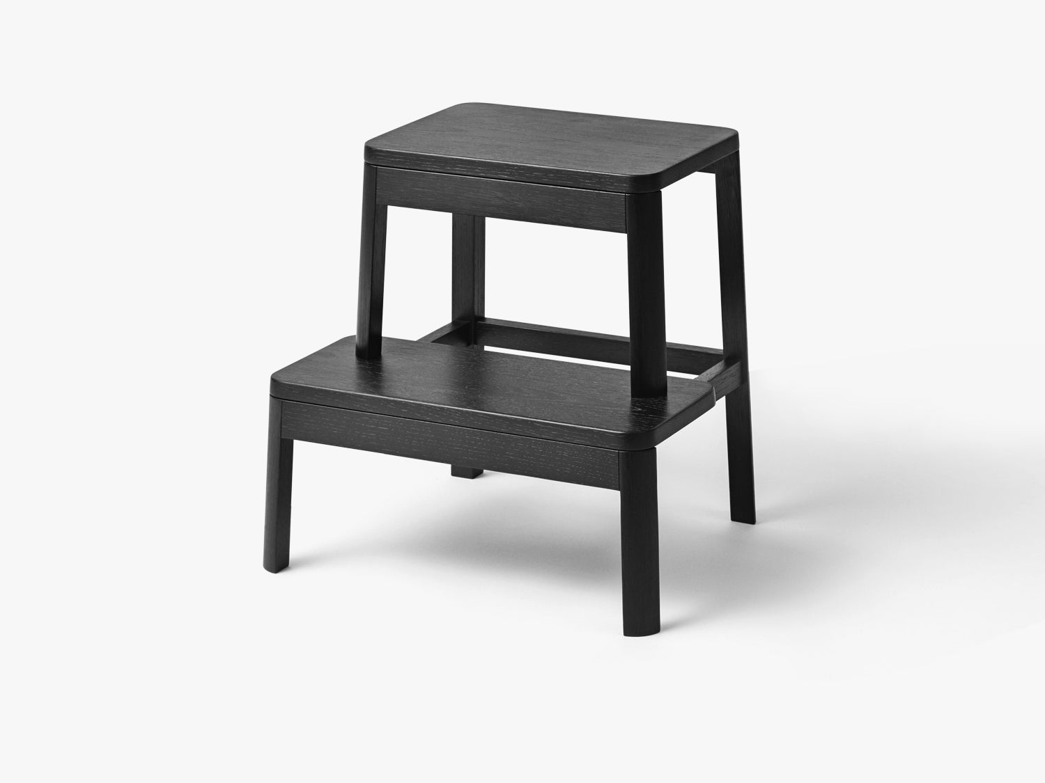 Arise Stool, Black Oak fra MILLION