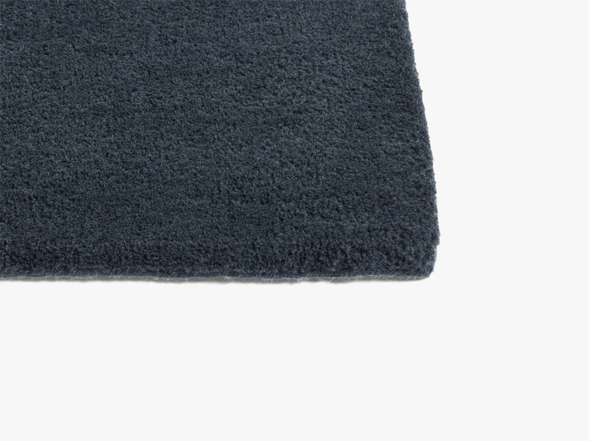 Raw Rug No 2, Midnight Blue fra HAY