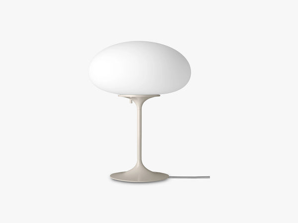 Stemlite Table Lamp - H42, Pebble Grey fra Gubi