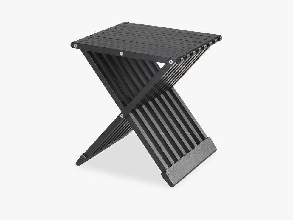 Fionia Stool, Black, FSC Mix fra SKAGERAK