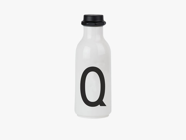 Q - Drinking Bottle fra Design Letters