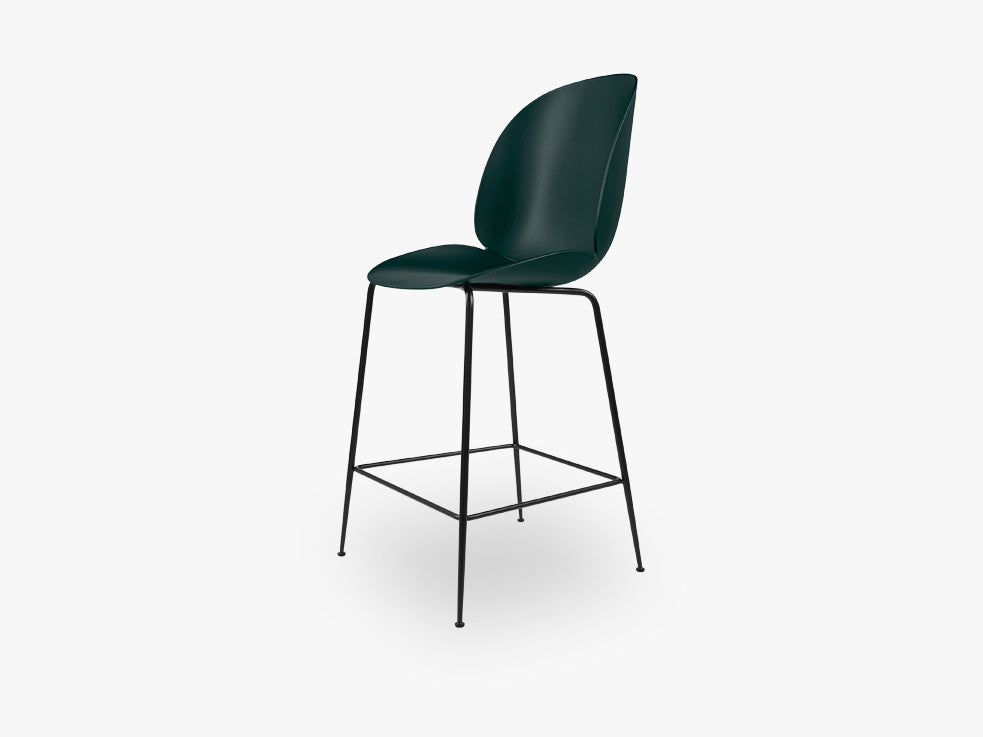 Beetle Counter Chair - Un-upholstered - 64 cm Conic Black base, Green shell fra GUBI