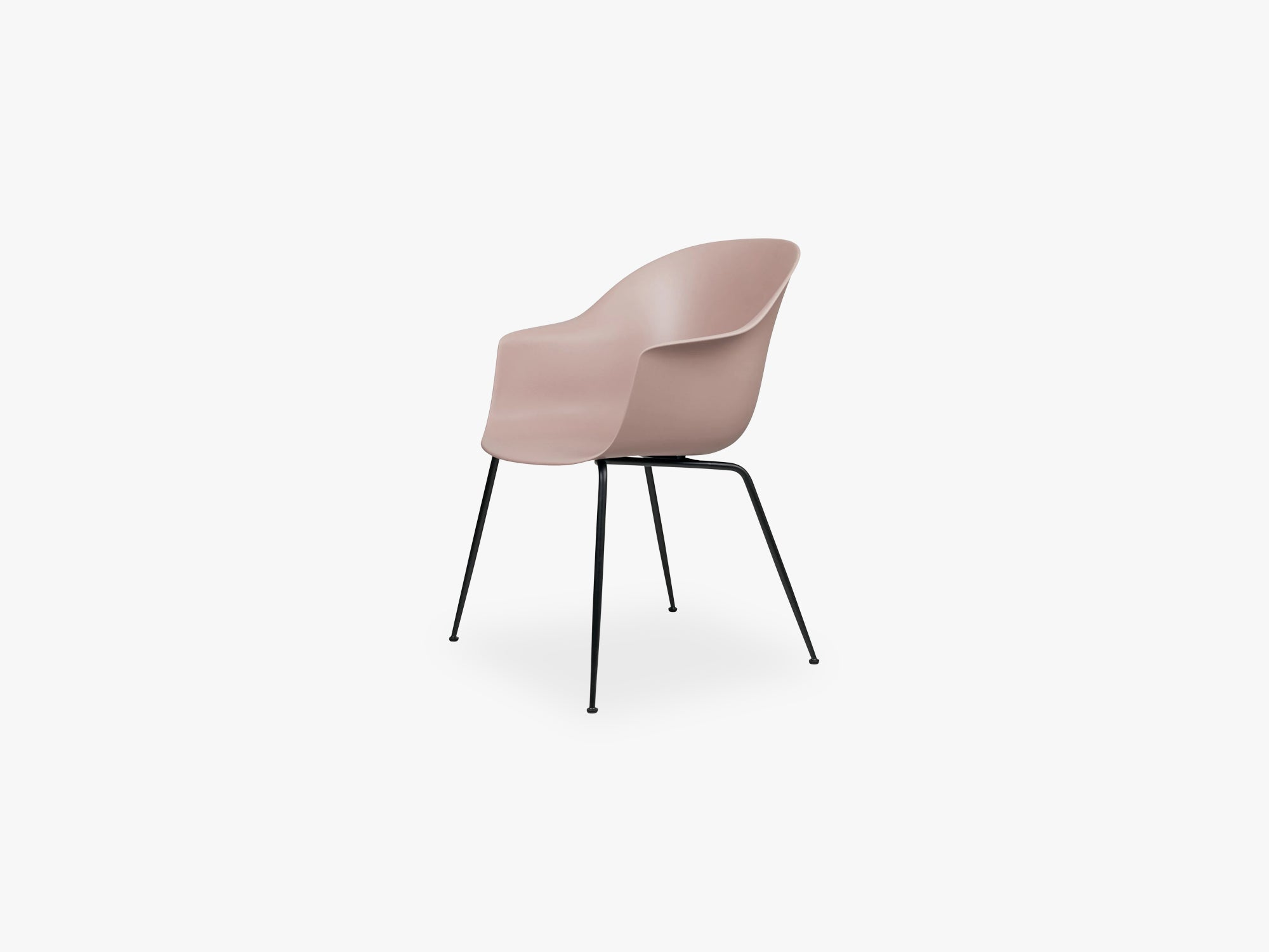 Bat Dining Chair - Skal m Conic base - Black Matt, Sweet Pink fra GUBI