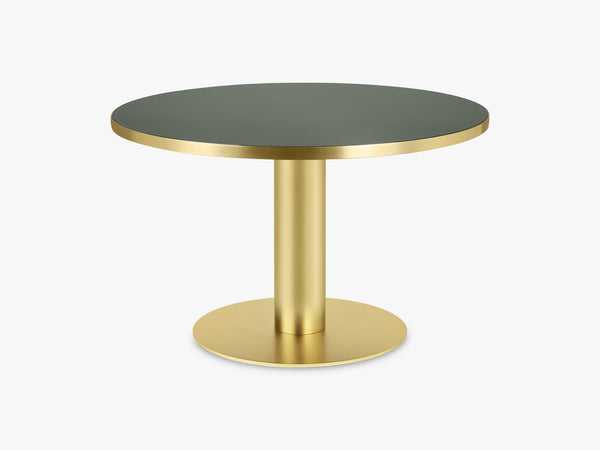 GUBI 2.0 Dining Table - Round - Ø125 - Brass base, Glass Bottle Green top fra GUBI