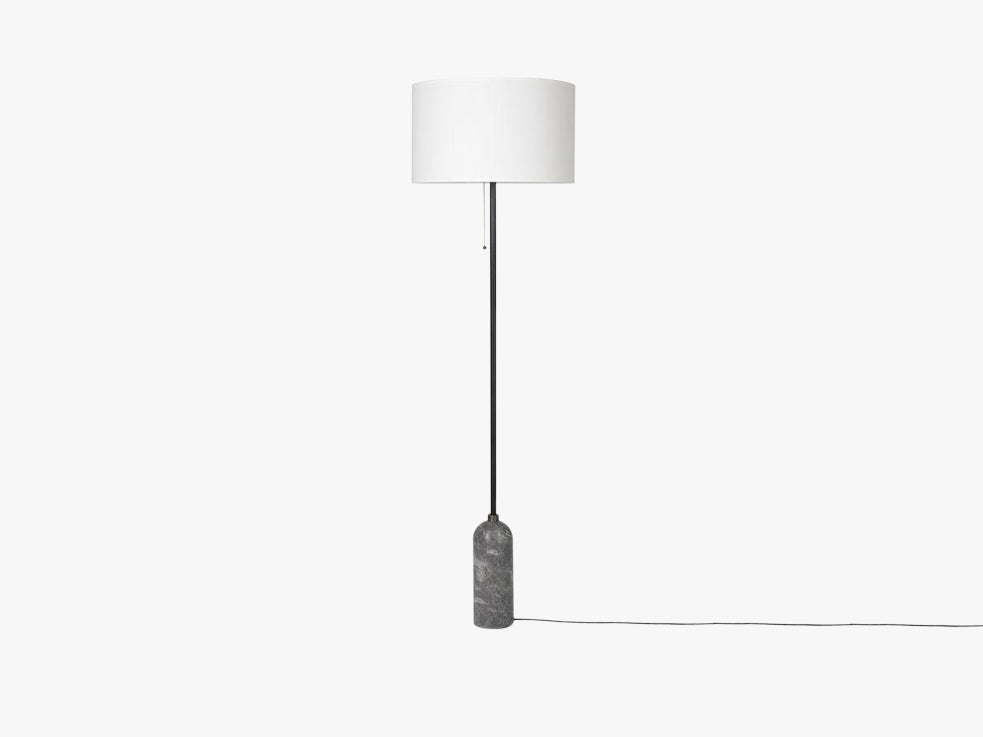 Gravity Floor Lamp - Grey Marble base, White shade fra GUBI