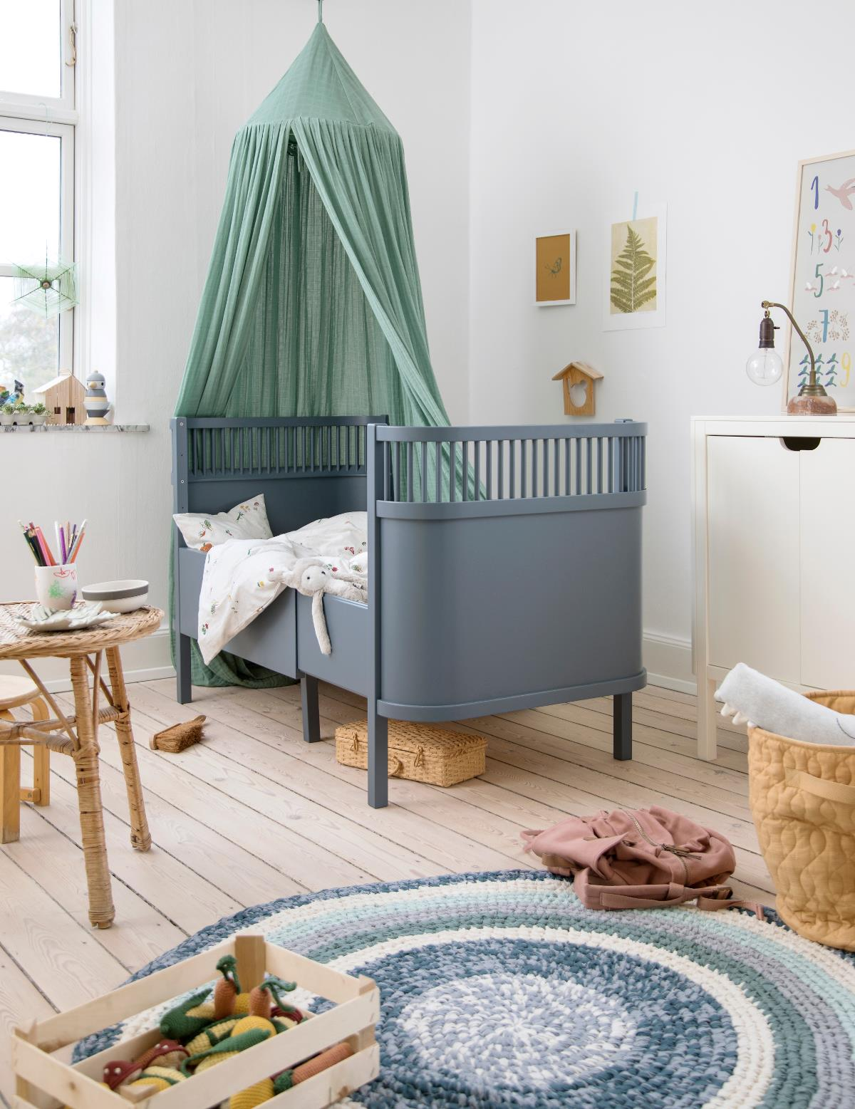 Sebra Sengen - Baby & Jr, forest lake blue fra Sebra
