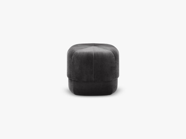 Circus Pouf Small, Dark Grey fra Normann Copenhagen