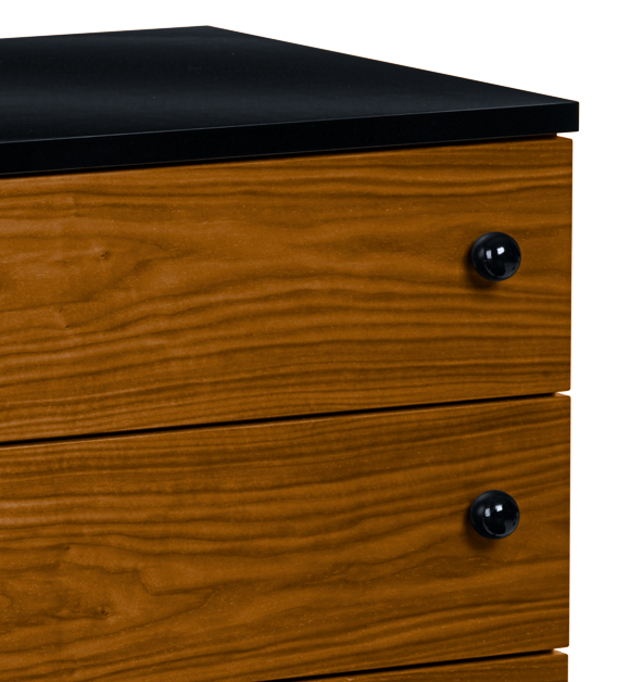 Grossman 62 Dresser 6 drawer, Walnut/Black fra GUBI