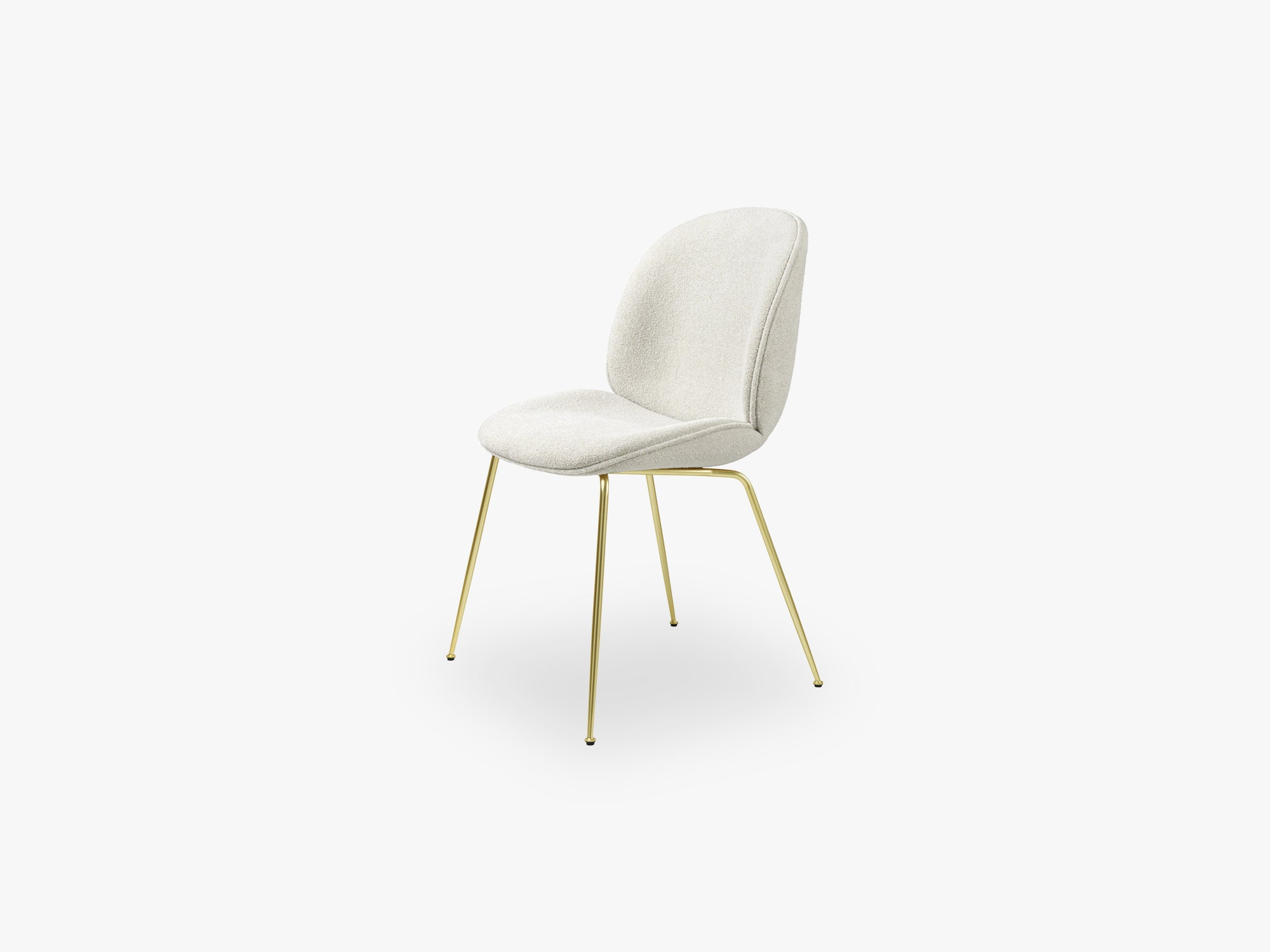 Beetle Dining Chair (Fully), Brass Semi Matt, Grp 02, Light Bouclé, GUBI (001) fra GUBI