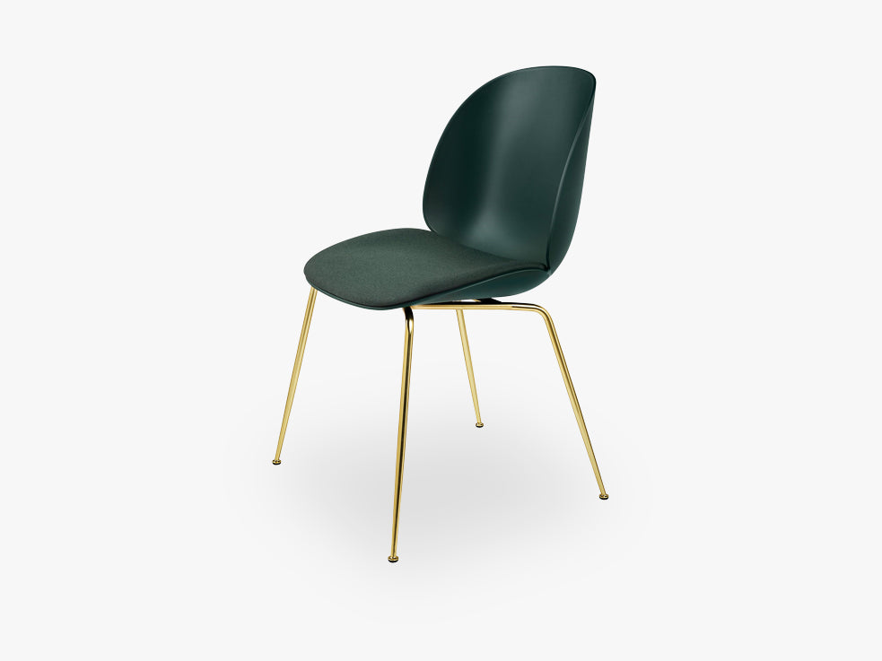 Beetle Dining Chair - Seat Upholstered - Conic Brass base - Green shell, Kvadrat Messenger 4 087 fra GUBI