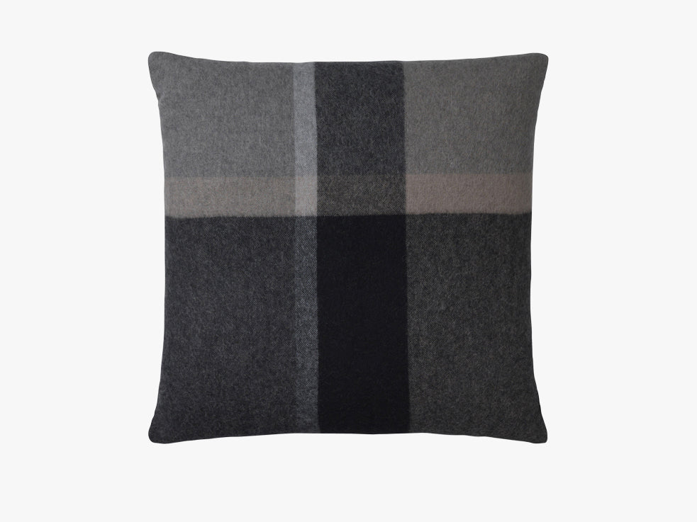 Manhattan cushion, natural, 50x50 fra Elvang