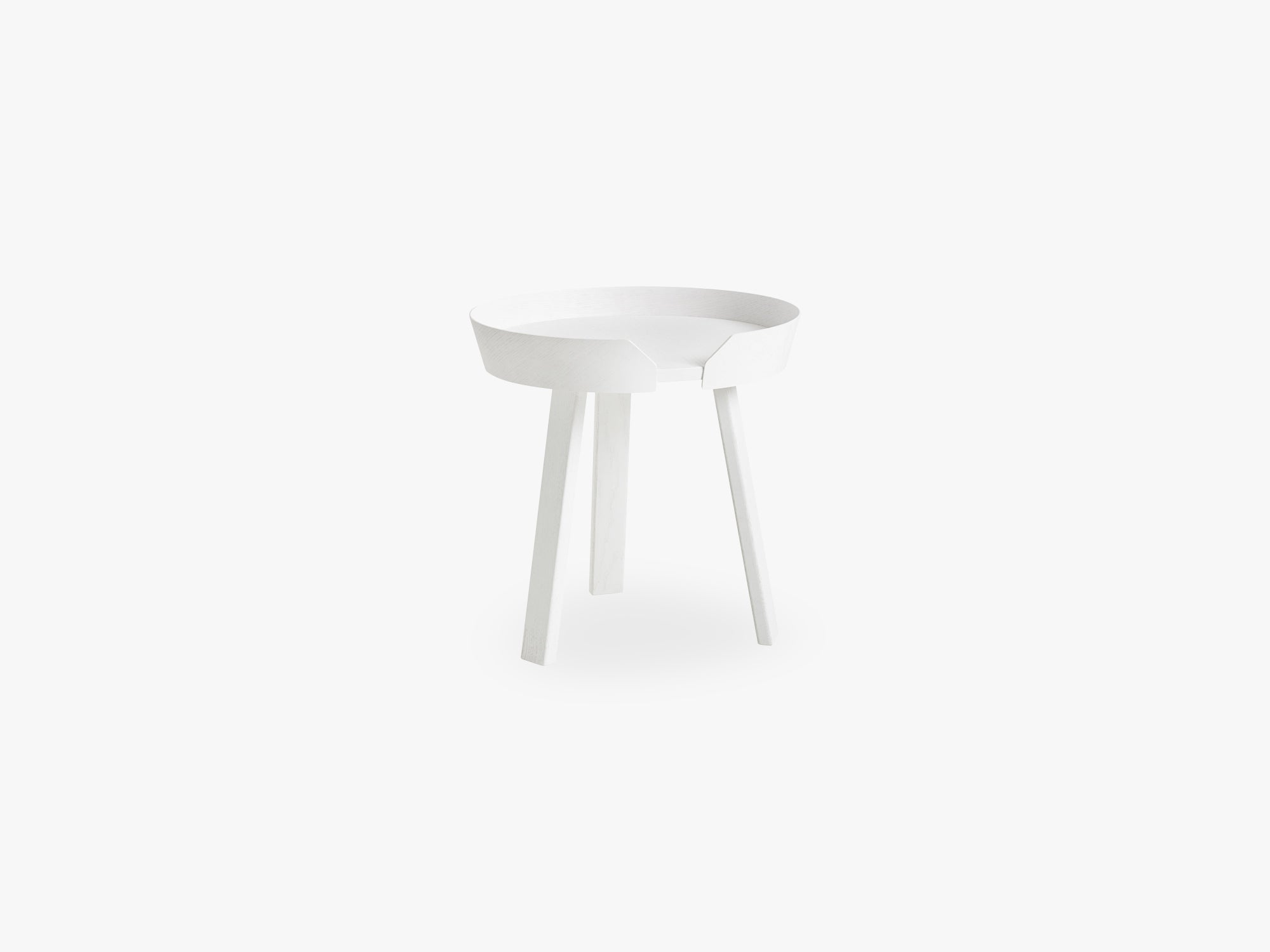 Around Coffee Table - Small, White fra Muuto