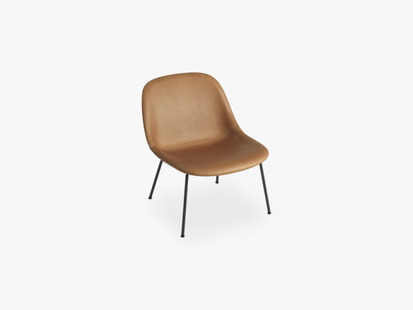 Fiber Lounge Chair - Tube Base, Silk Leather Cognac fra Muuto