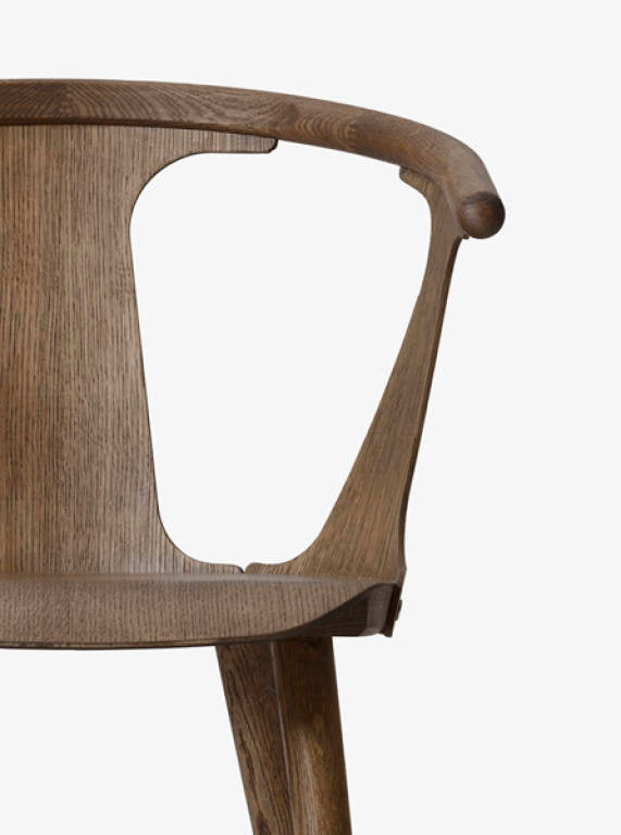 In Between Chair - SK1 - Smoked oiled oak fra &tradition