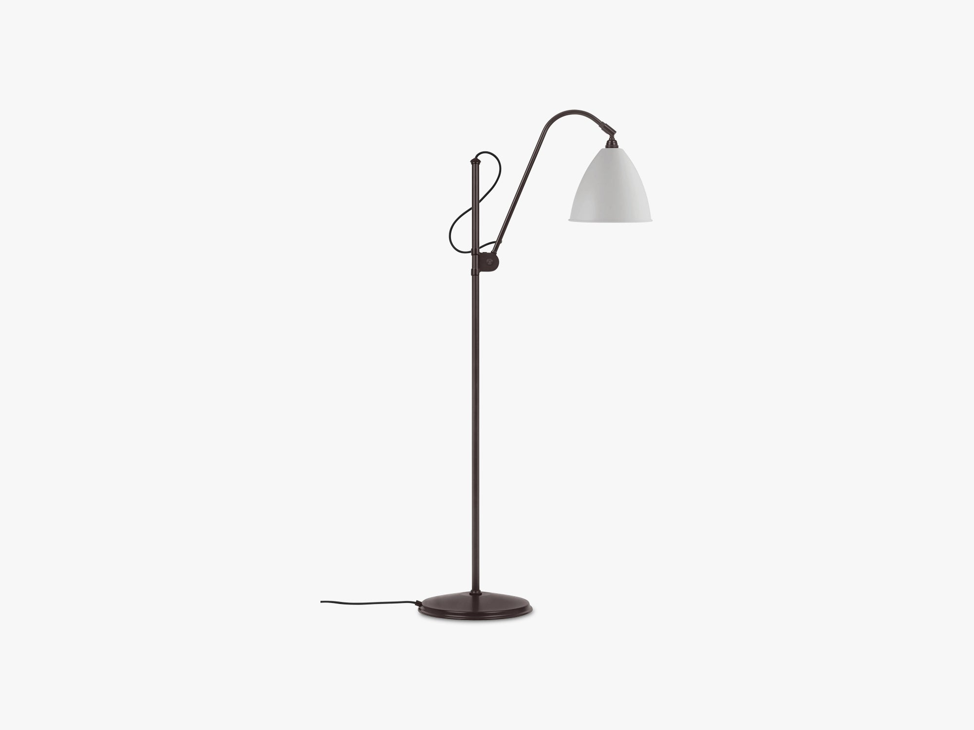 BL3 Floor Lamp - Ø21 Black Brass, Classic White Semi Matt fra GUBI