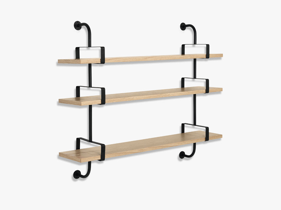 Démon Shelf - 2 Brackets - 155 cm 3 shelves, Oak shell fra GUBI