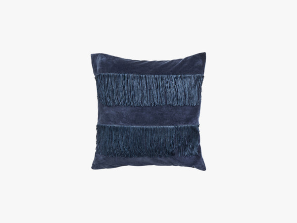 Cushion cover w/fringes,dark blue velvet fra Nordal