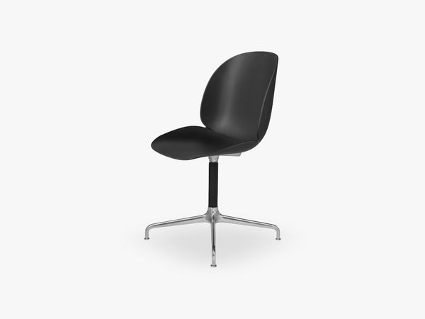 Beetle Meeting chair - Un-upholstered - 4-star swivel Aluminium base, Black shell fra GUBI
