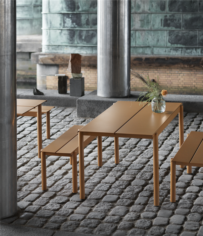 Linear Steel Table - 140, Dark Green fra Muuto