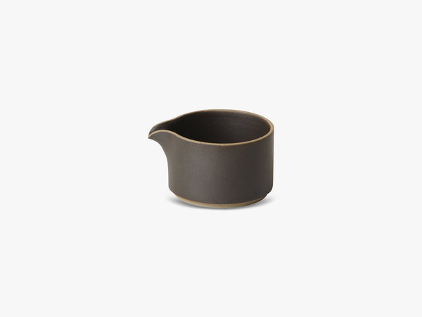 Milk Pitcher, Black fra Hasami Porcelain