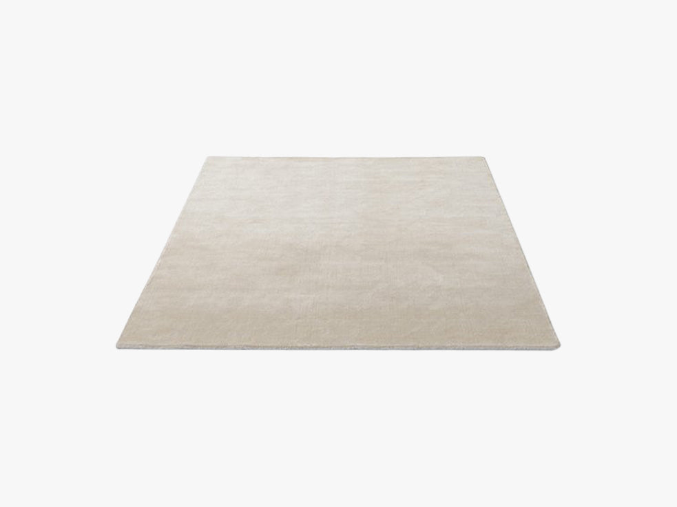 The Moor Rug - AP5, Beige Dew fra &tradition