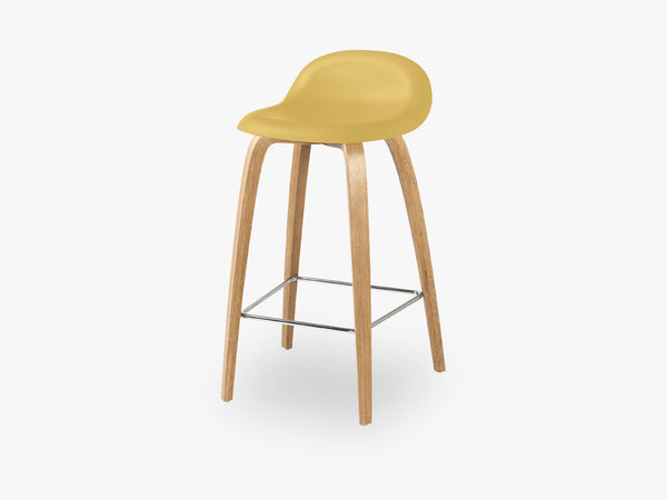 3D Counter Stool - Un-upholstered - 65 cm Oak base, Venetian Gold shell fra GUBI