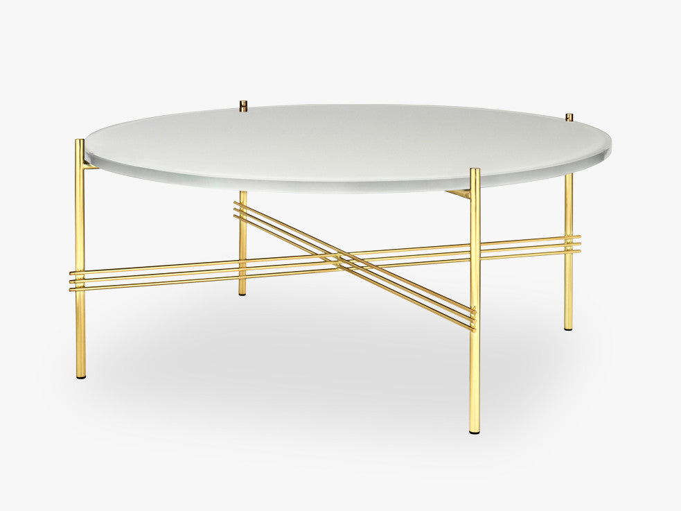 TS Coffee Table - Dia 80 Brass base, glass oyster white top fra GUBI