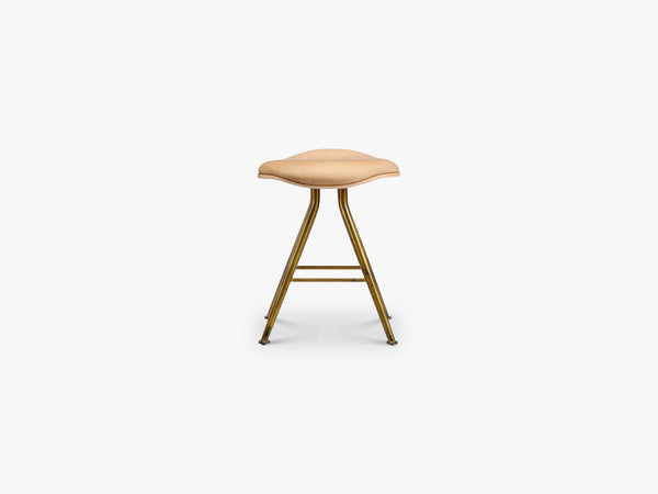 Barfly Stool, Brass/Camel Leather fra NORR11