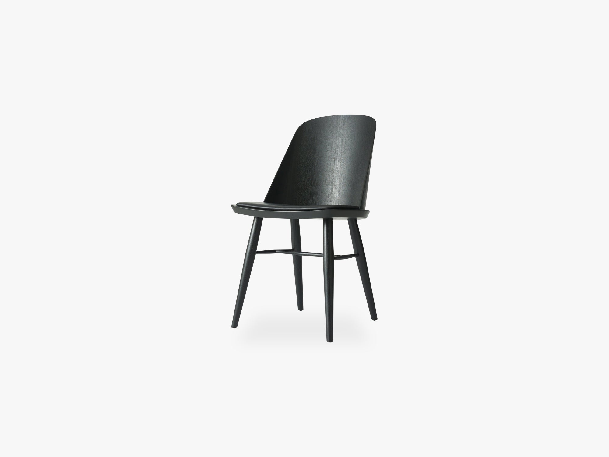 Synnes Dining Chair, Black Base/Dakar 0842 fra Menu