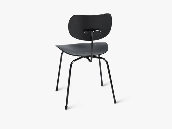 SE68, Black Seat and back with Black base fra Egon Eiermann
