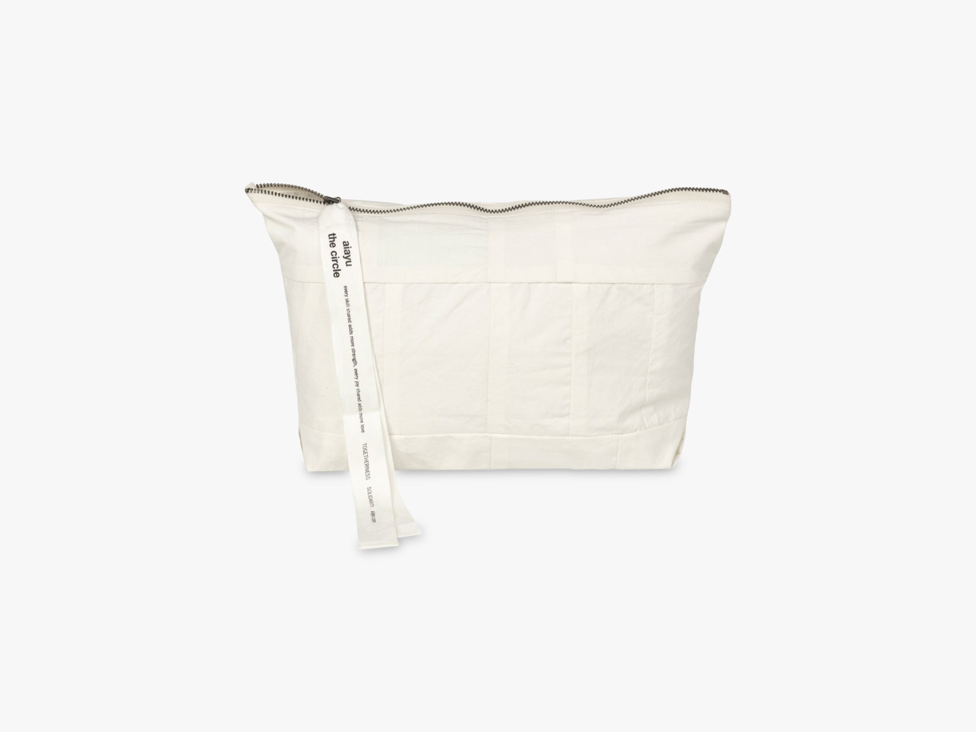 Circle Pouch Patchwork, Off White fra Aiayu