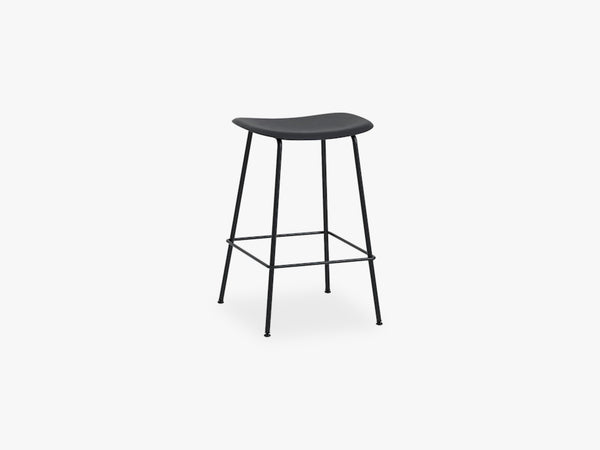 Fiber Bar Stool - Tube Base H: 65 Cm, Black/Black fra Muuto