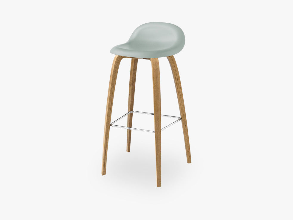 3D Bar Stool - Un-upholstered - 75 cm Oak base, Nightfall Blue shell fra GUBI