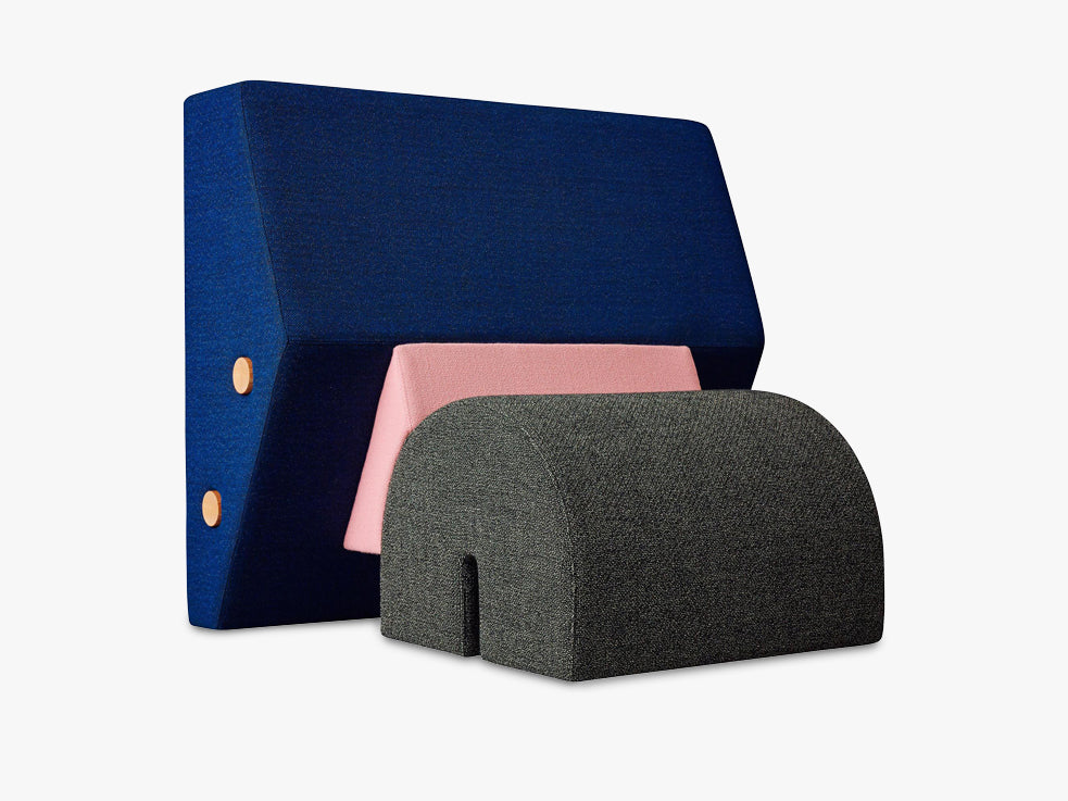 The Keystone, Blue / Pink / grey (Raf Simons) fra Please Wait To Be Seated