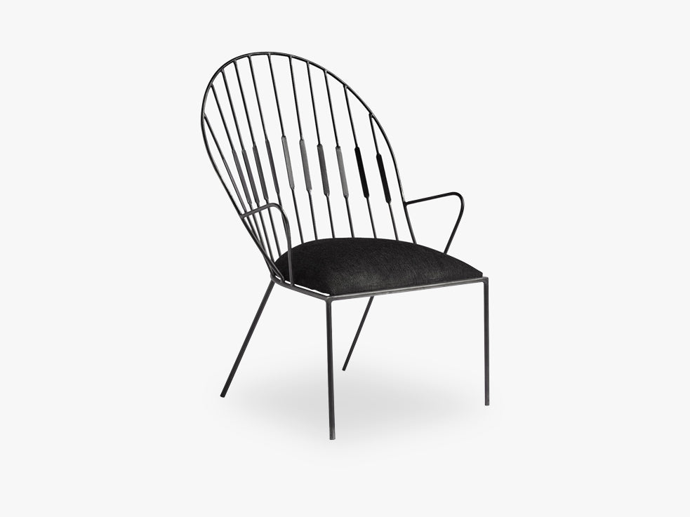 Arm chair, matt black, black velvet seat fra Nordal