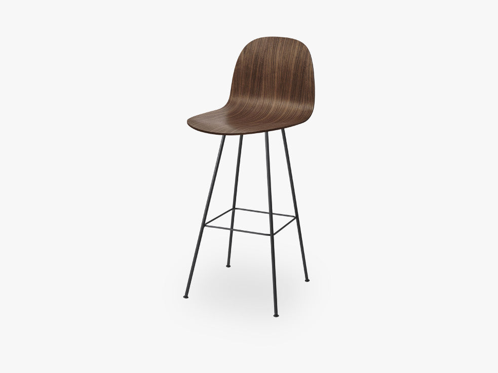 2D Bar Chair - Un-upholstered - 75 cm Center Black base, American Walnut shell fra GUBI