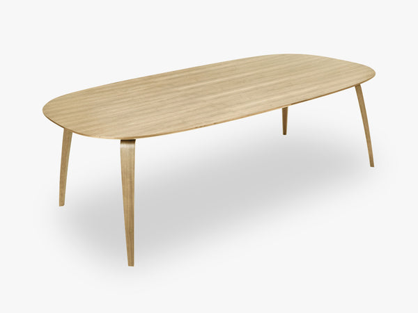 GUBI Dining Table - Eliptical - 120x230x72 cm, Oak base, Oak top fra GUBI