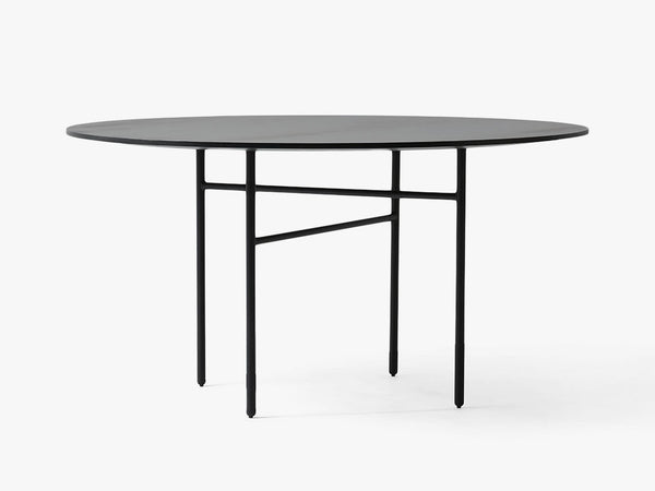 Round Snaregade Table Ø140 cm - Black fra Menu